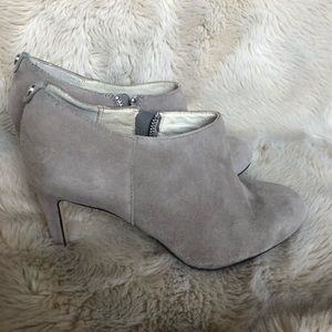 Michael Kors Sammy Suede Ankle boot